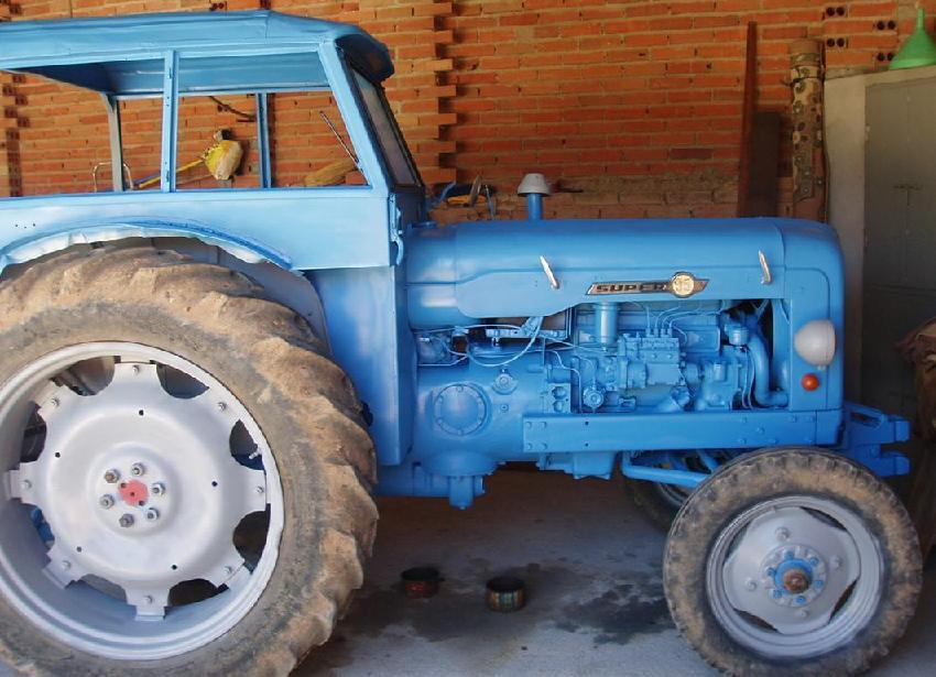 EBRO Super 55 Tractor with Ford licensed EBRO 4D 4 cylinder diesel engine